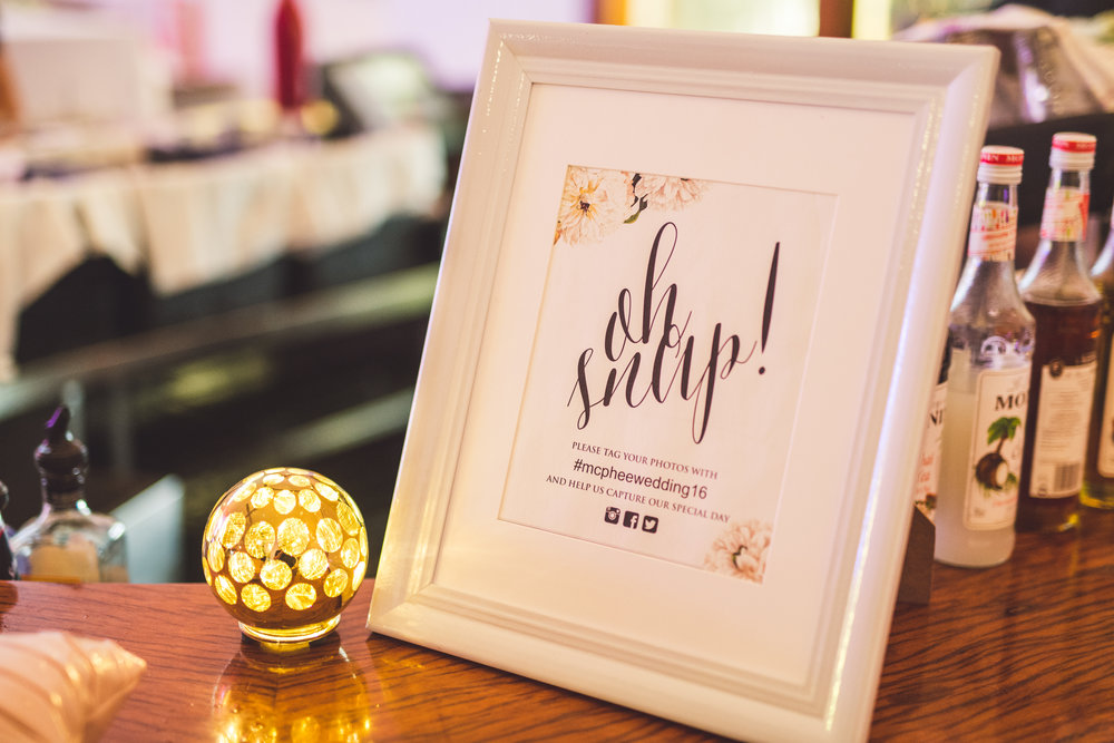 oh snap wedding sign matthew evans photography