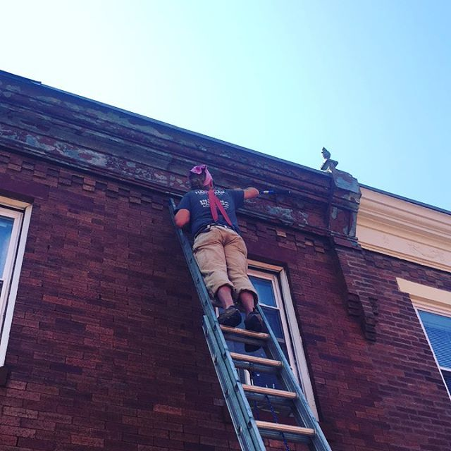 Wire brush, scrape, repeat.  Prepping this cornice for fresh paint. We chose @benjaminmoore HC-169 for the cornice and masonry lintels. More pics to come.
