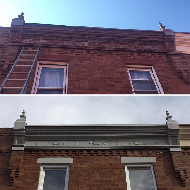 Before and after of the cornice and windows. We scraped all the loose paint off the cornice and painted it using @benjaminmoore HC-169. For the windows we removed the existing capping that was 👎🏼then sealed any gaps to help with the homes energy efficiency. Only after everything was properly sealed did we install the new aluminum capping.  #keepcraftalive #phillyhandyman #phillycontractor #builtbybrightstar #chathamstreetreno
