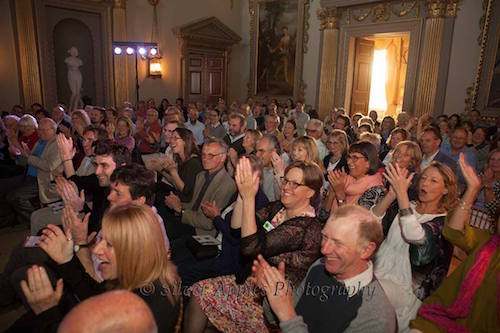 The Audience in The Great Hall at Ditchley