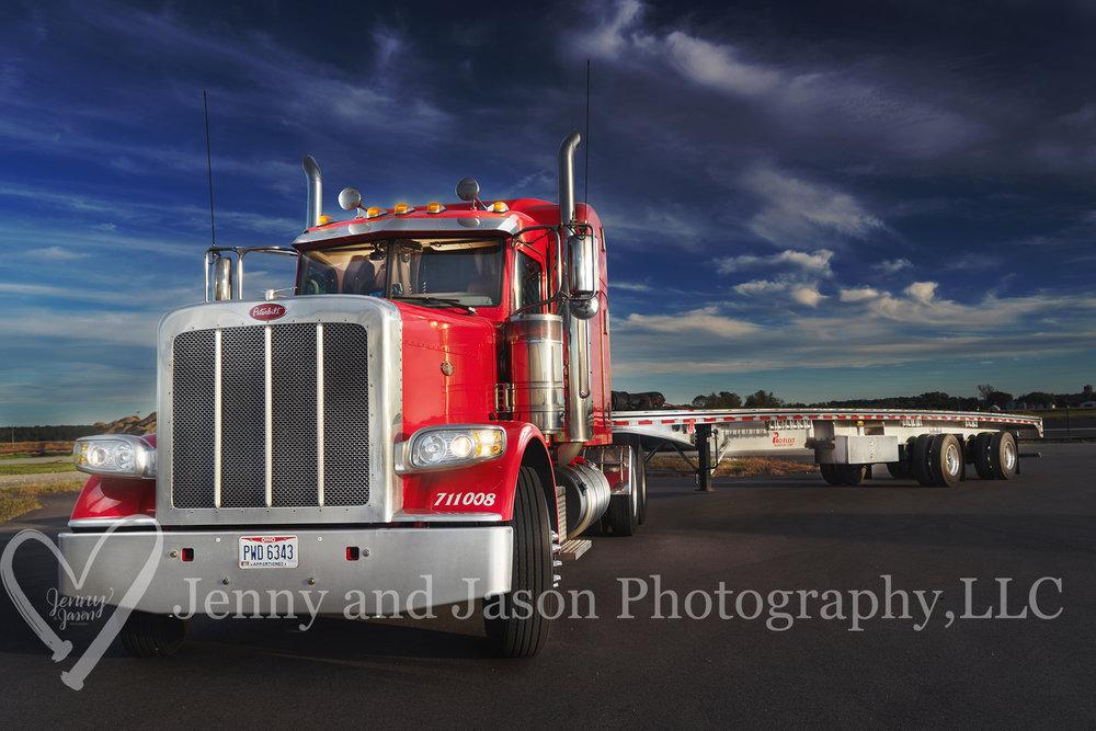 034 001 truck 2.jpg