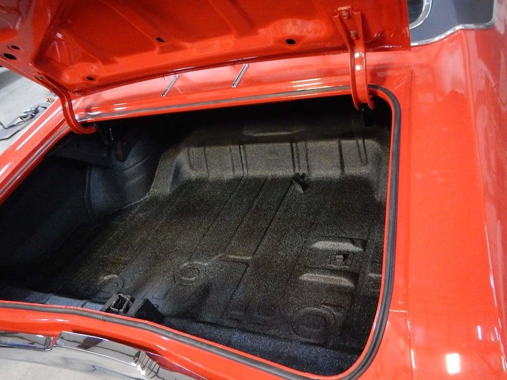 1968 Buick GS trunk rubber.JPG