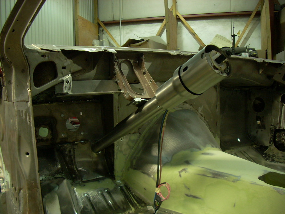 1973 Baracuda column mach up.JPG
