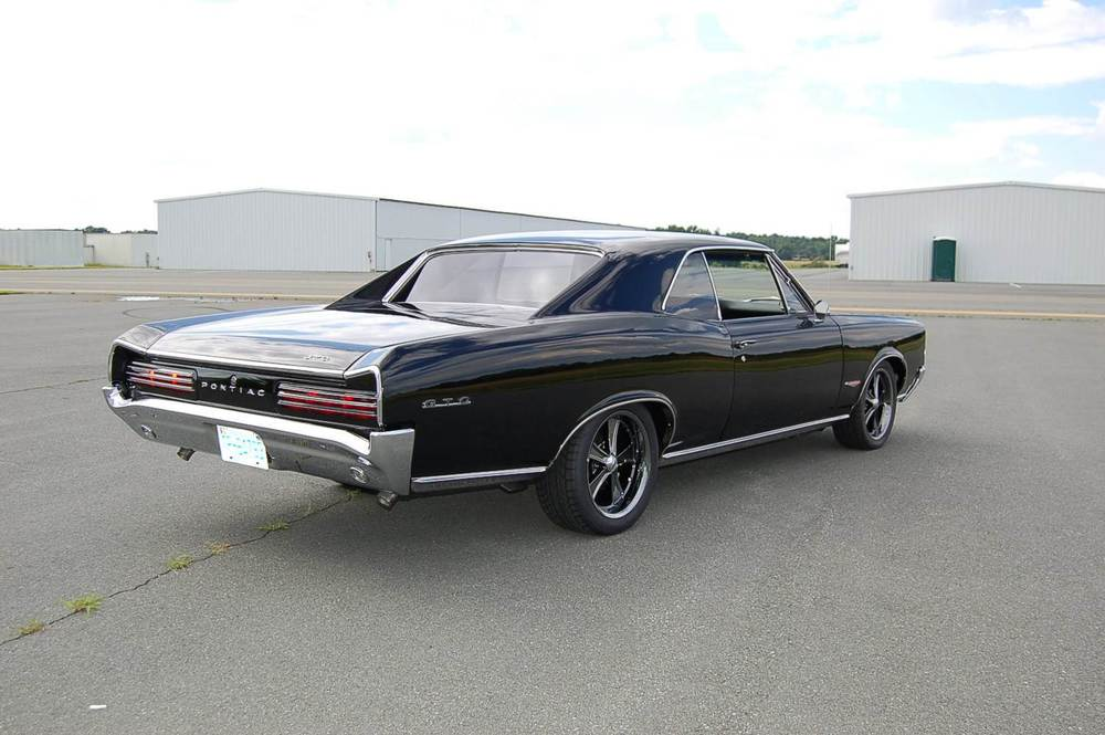 1966 GTO rear three quarter.JPG