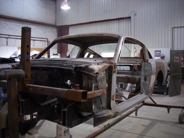1965 Mustang Fastback rotissori.JPG