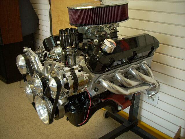 1965 Mustang restomod motor.JPG
