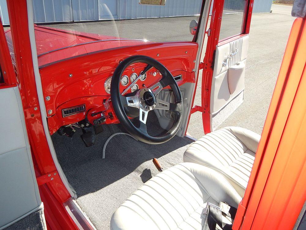 1931 Pontiac Sedan 62.jpg