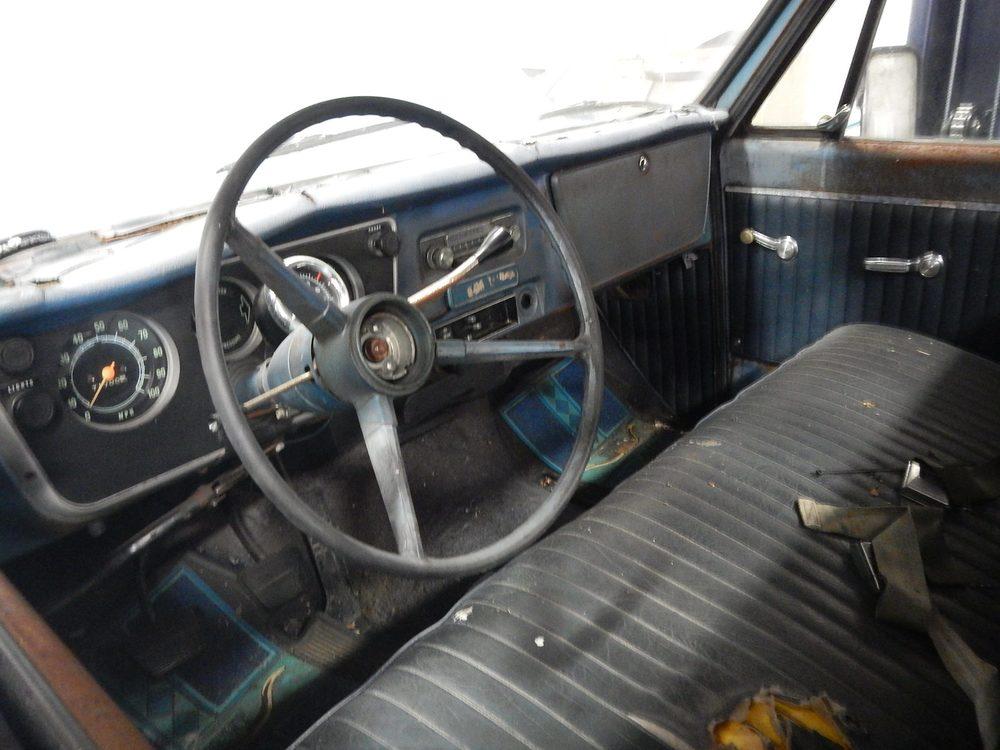 1967 Chevy C-10 restoration 06.jpg