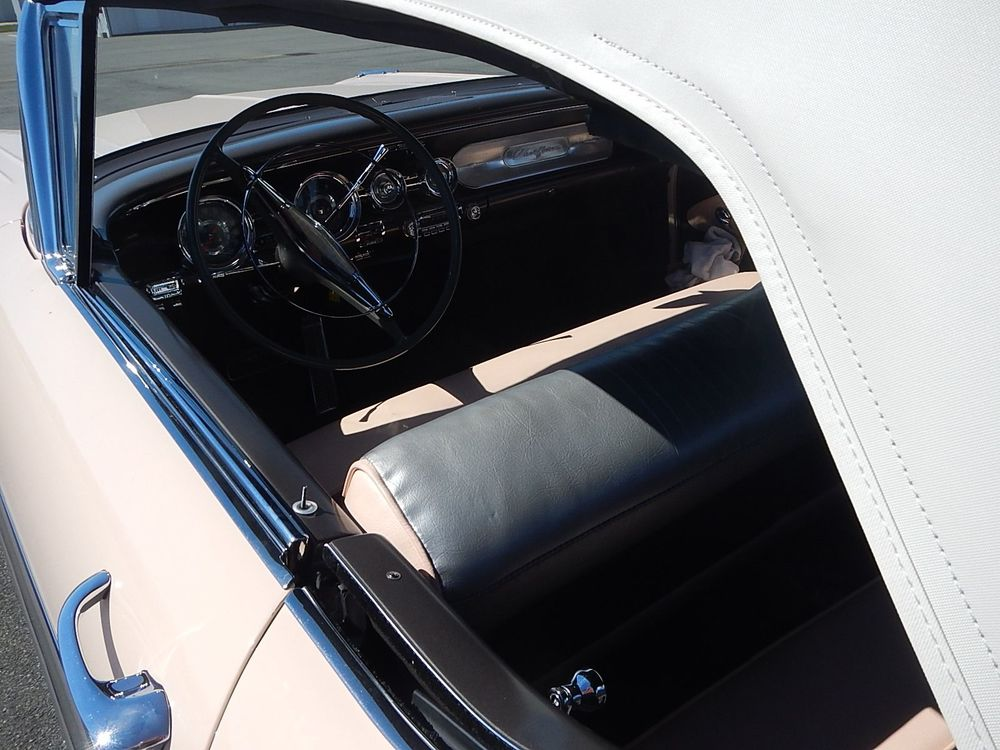 1958 Pontiac Chieftain Convertible - Tri Power aaca - 266.jpg