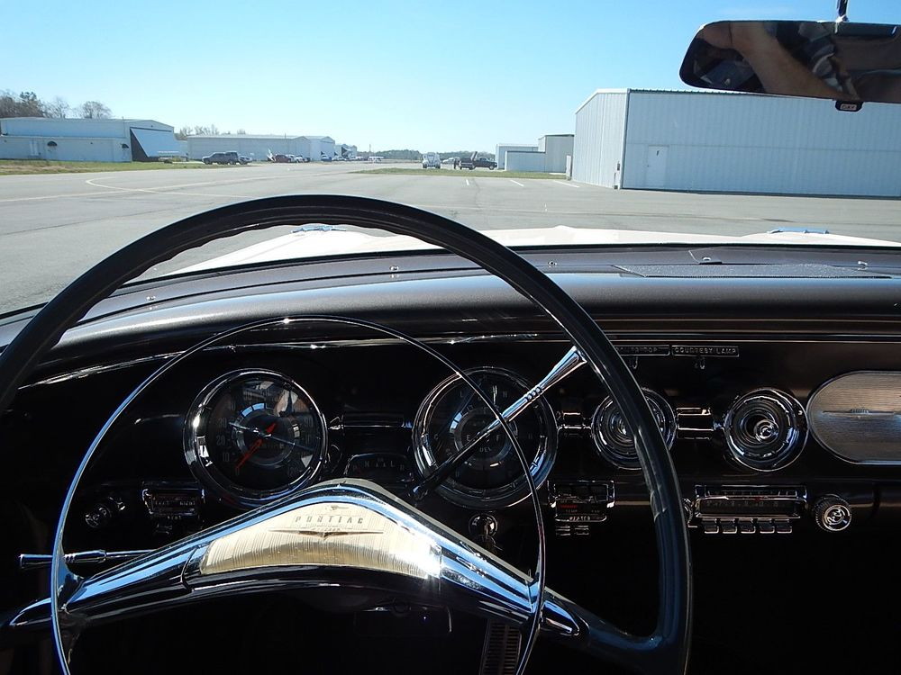 1958 Pontiac Chieftain Convertible - Tri Power aaca - 269.jpg