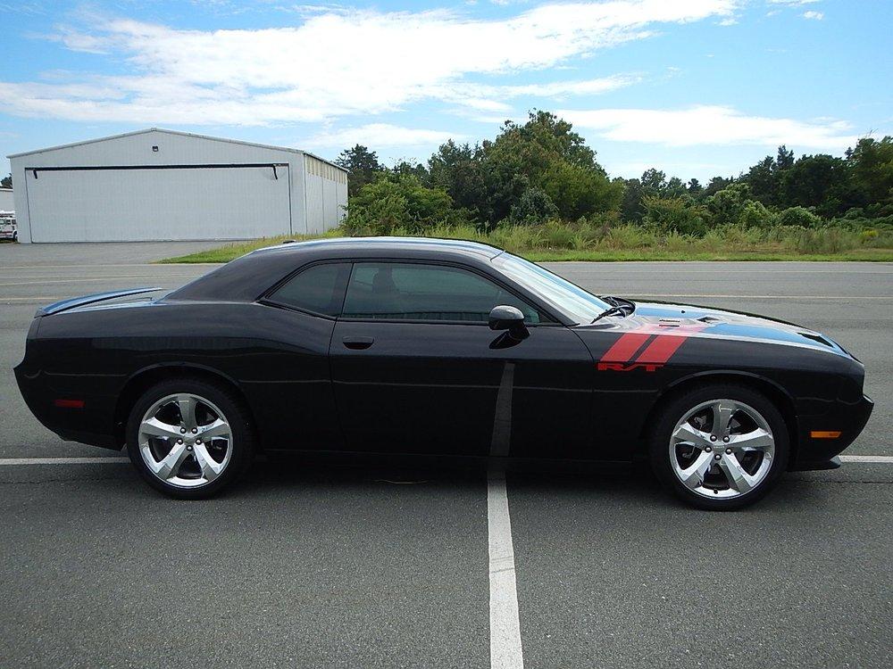 2013 Dodge Challenger 037.jpg