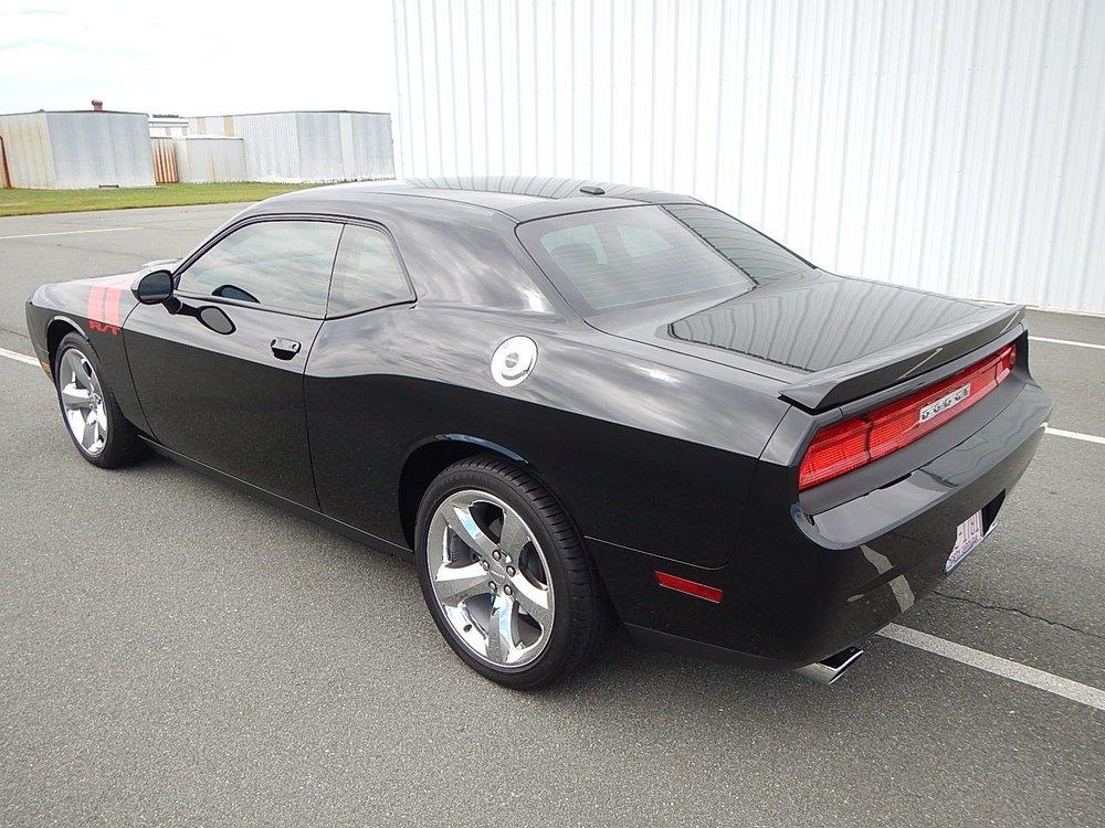 2013 Dodge Challenger 057.jpg