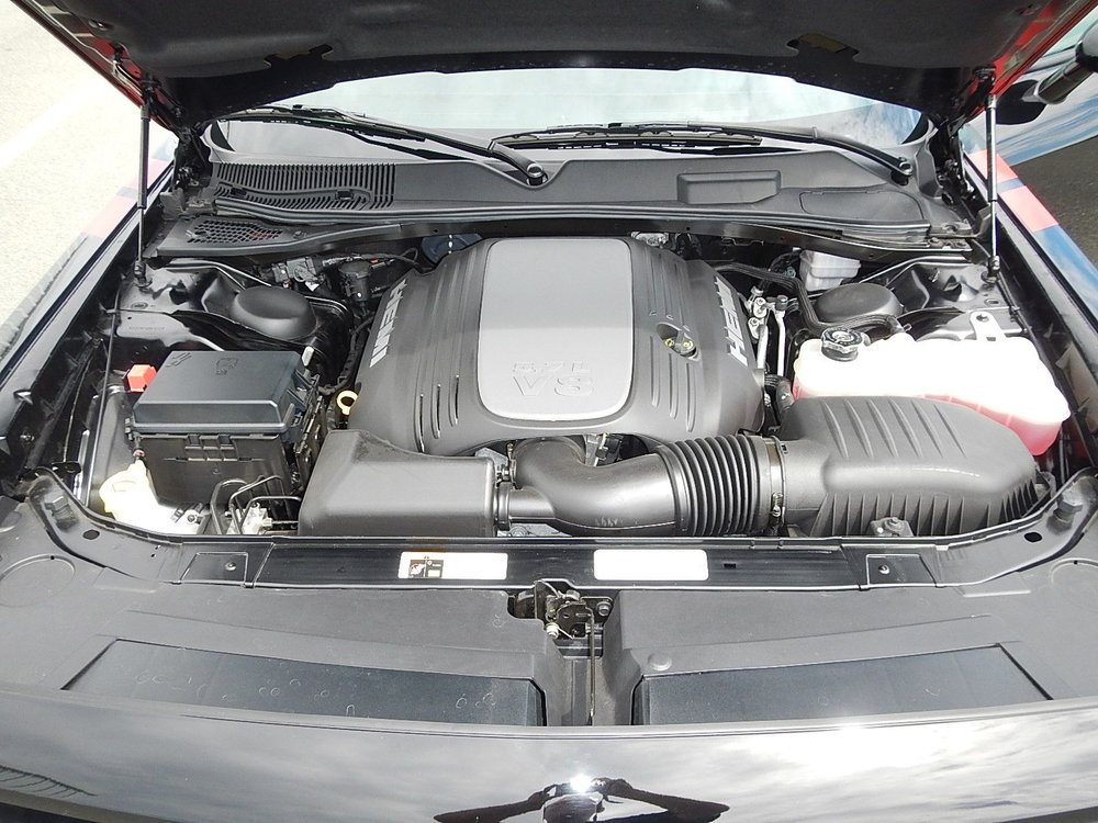 2013 Dodge Challenger 016.jpg