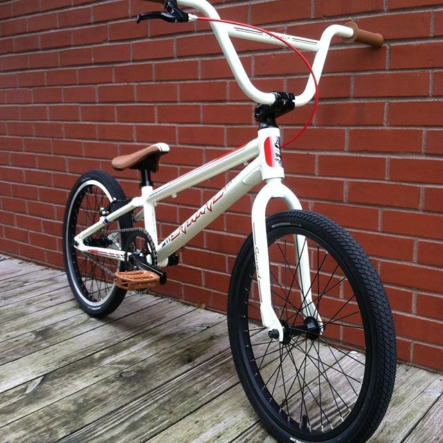 NEW at the shop! Staats Superstock PRO BMX racing bike complete, $600.00 weighs in at 19lb 11oz right out if the box!