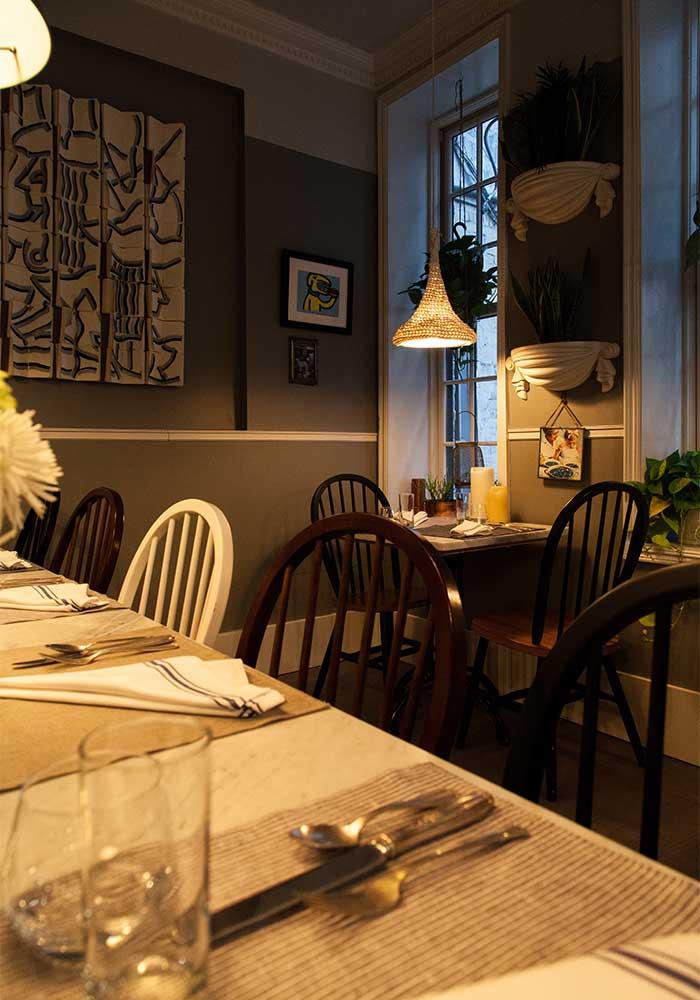 dinnertable-nyc-corner.jpg