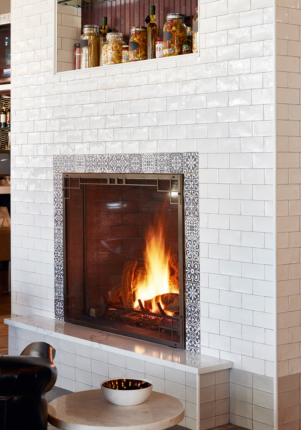 EAU-Allora-Kitchen-fireplace.jpg