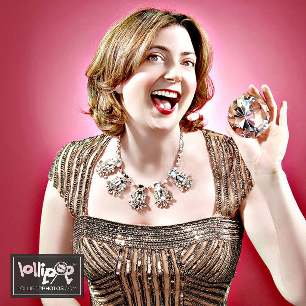 msdig-nora-canfield-lollipop-photos-450.jpg