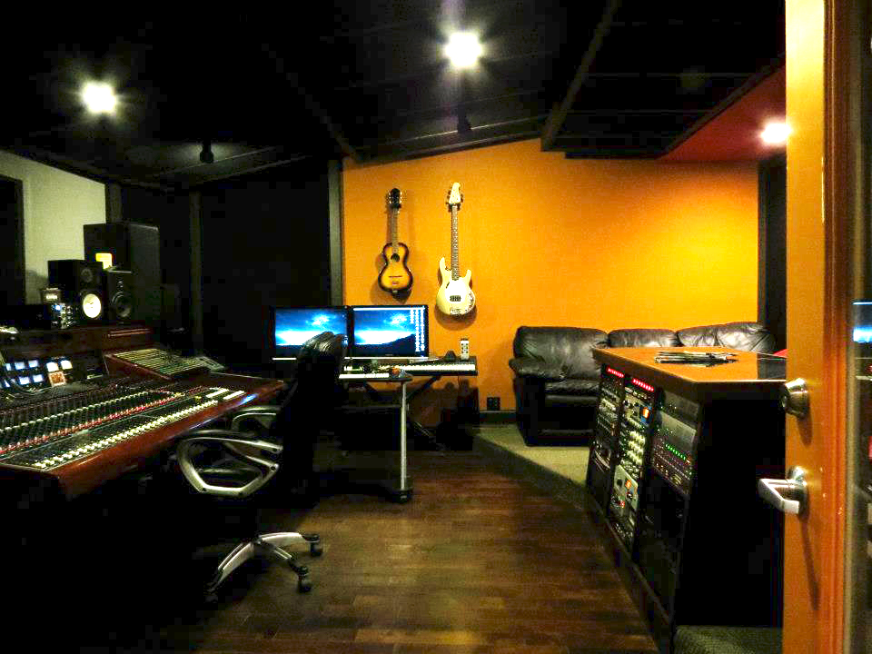 redpill control room.jpg