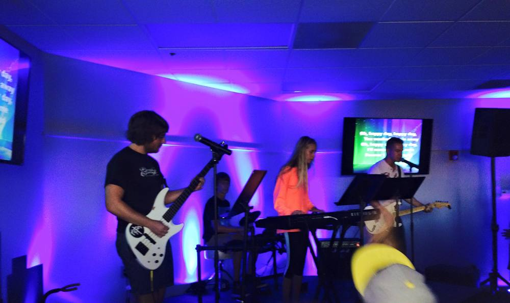 08.05.15 Youth Worship Night.jpg