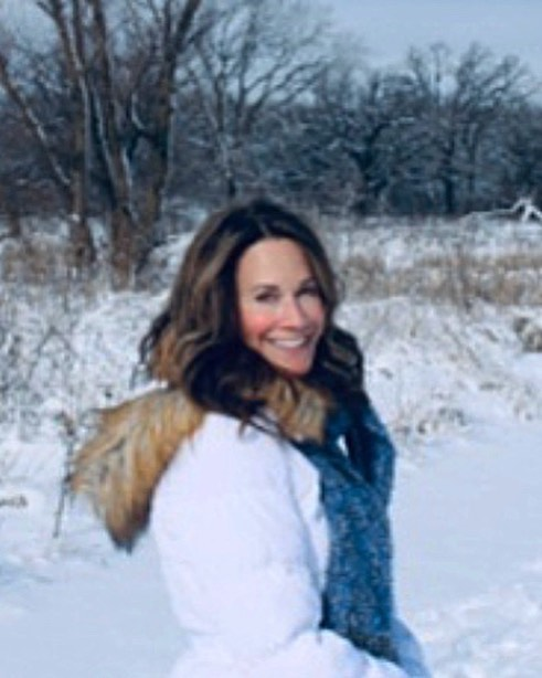 Walking in a winter wonderland!😊🎄❄️❄️❄️ #winterwonderland #winterwalks #lovetheoutdoors  #breathinginthefreshair #theweatheroutsideisdelightful #winterisherebitches ⛄️🎄❄️❤️