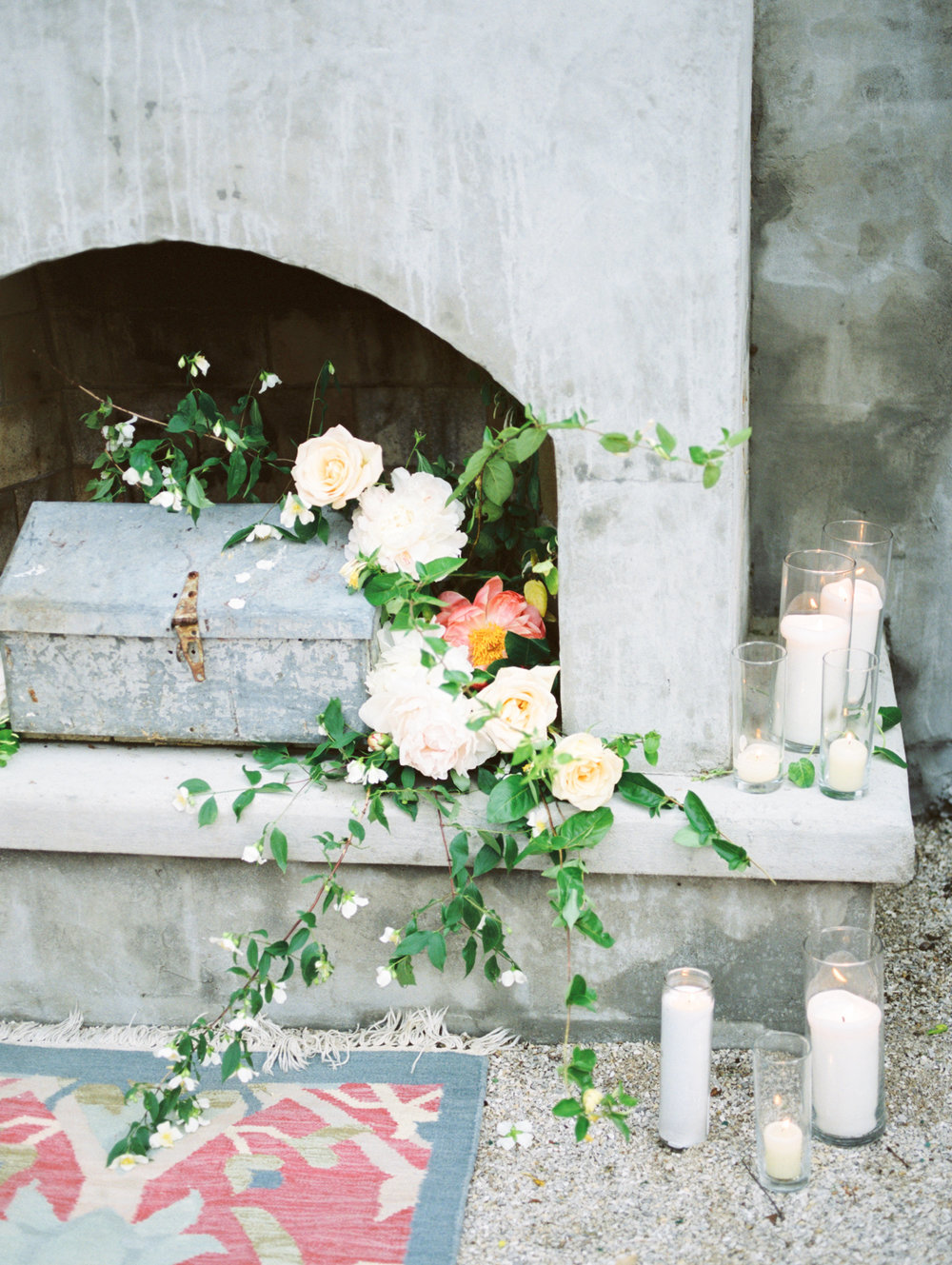 Love Letters Styled Shoot at 20 West: Weddig Flowers by Petal and Pine
