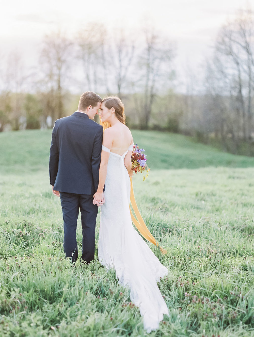 house-of-white-styled-shoot-indiana-anne-barge-kentucky-bride (4).jpg