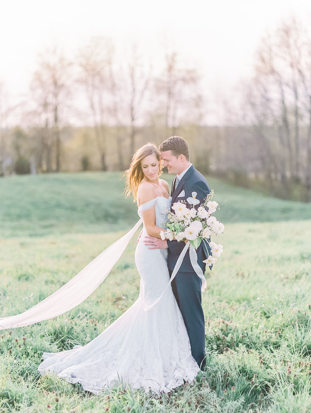 house-of-white-styled-shoot-indiana-anne-barge-kentucky-bride (6).jpg