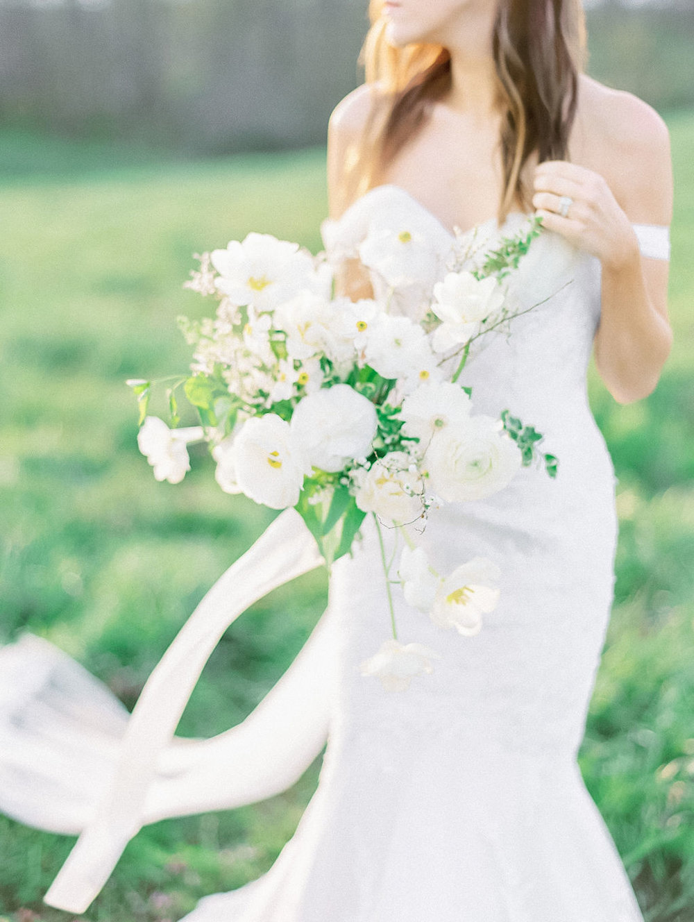 house-of-white-styled-shoot-indiana-anne-barge-kentucky-bride (9).jpg
