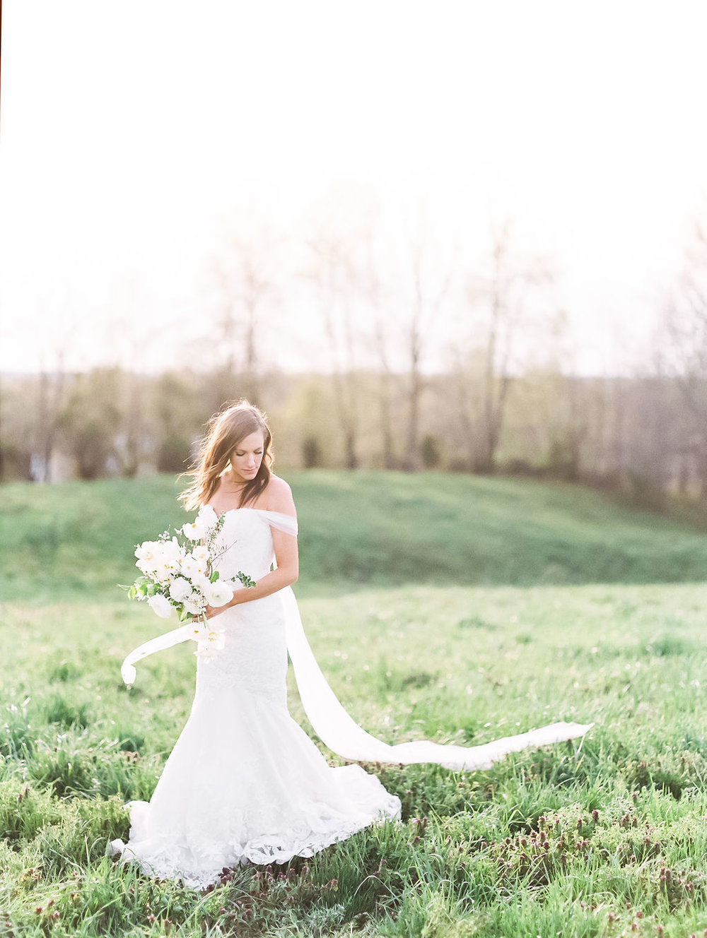 house-of-white-styled-shoot-indiana-anne-barge-kentucky-bride (13).jpg