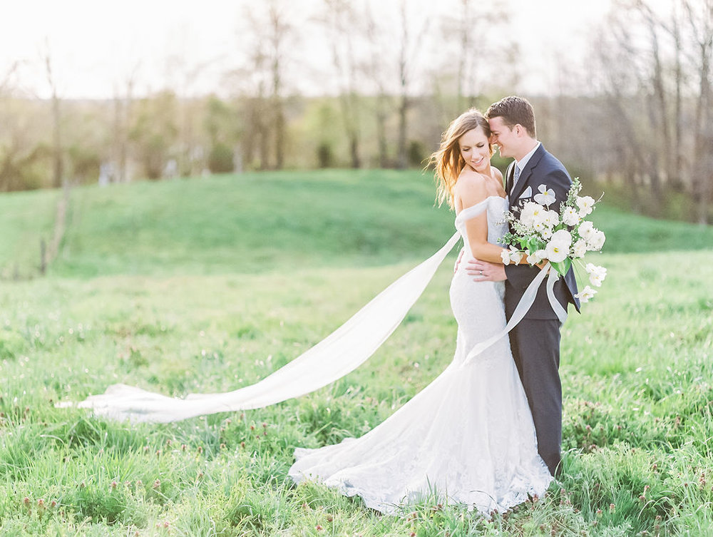 house-of-white-styled-shoot-indiana-anne-barge-kentucky-bride (15).jpg