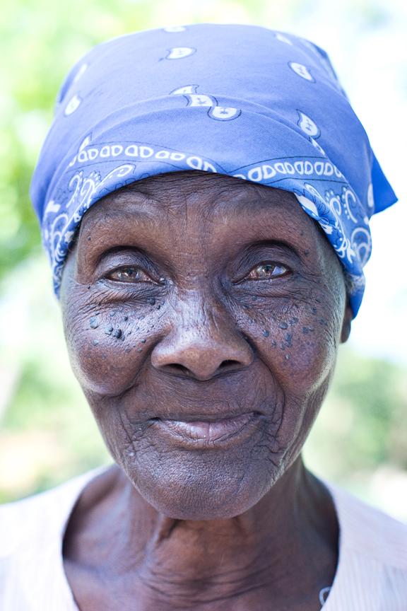 Haiti-OldWomanFace_Flat.jpg