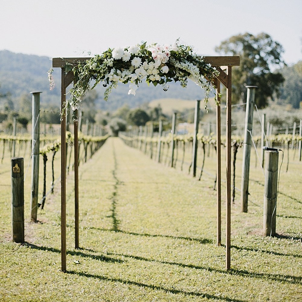 CEREMONY ARBOUR (IVORY DRAPES AVAILABLE) QTY: 1
