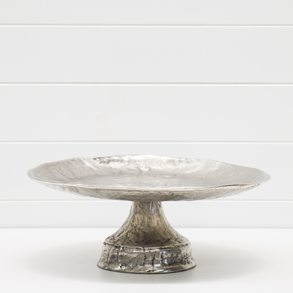 PRESSED TIN CAKE STAND QTY: 1