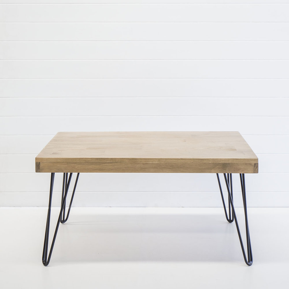 BLACK HAIRPIN LEG COFFEE TABLE