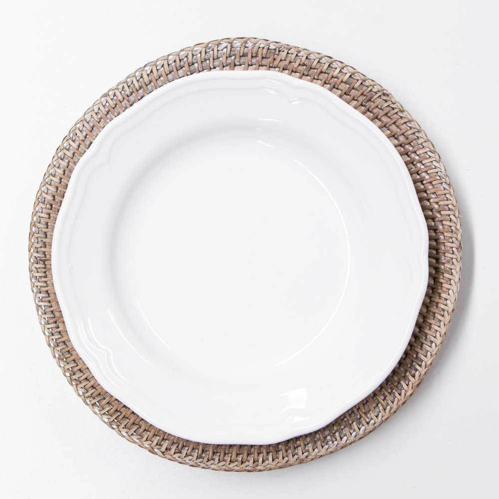 RATTAN CHARGER PLATE