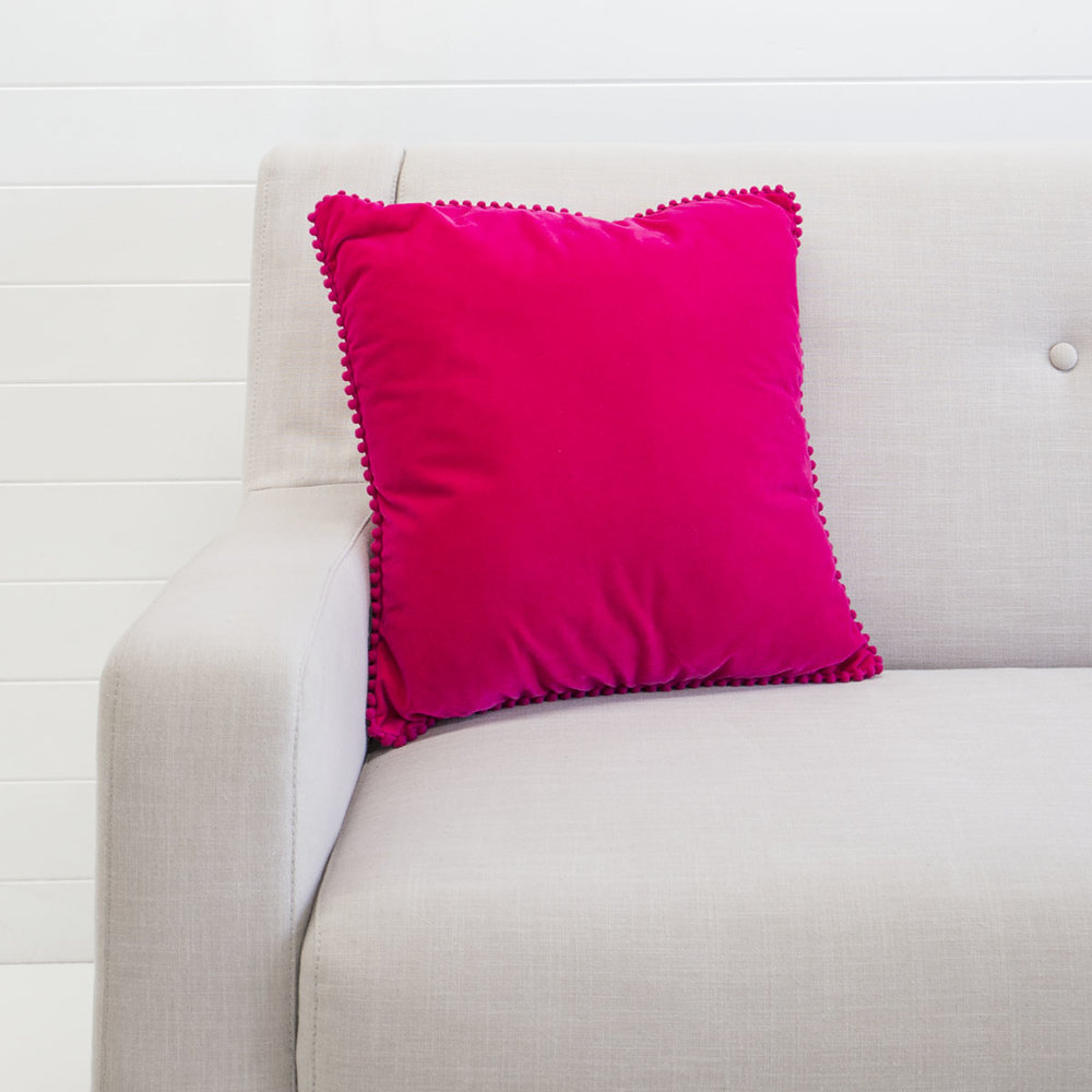 FUCHSIA VELVET CUSHION