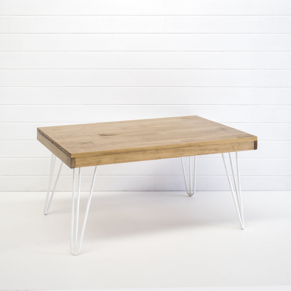 WHITE HAIRPIN COFFEE TABLE