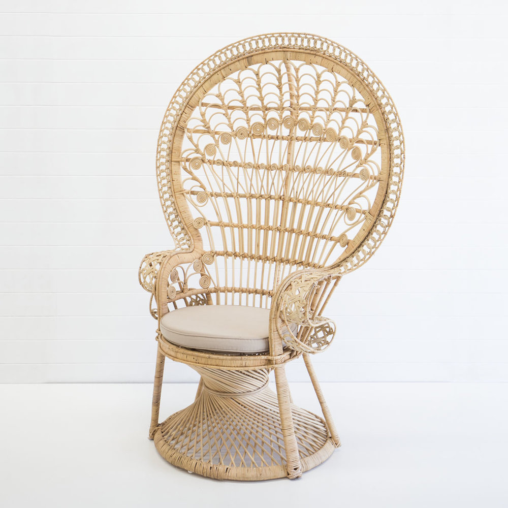 NATURAL PEACOCK CHAIR
