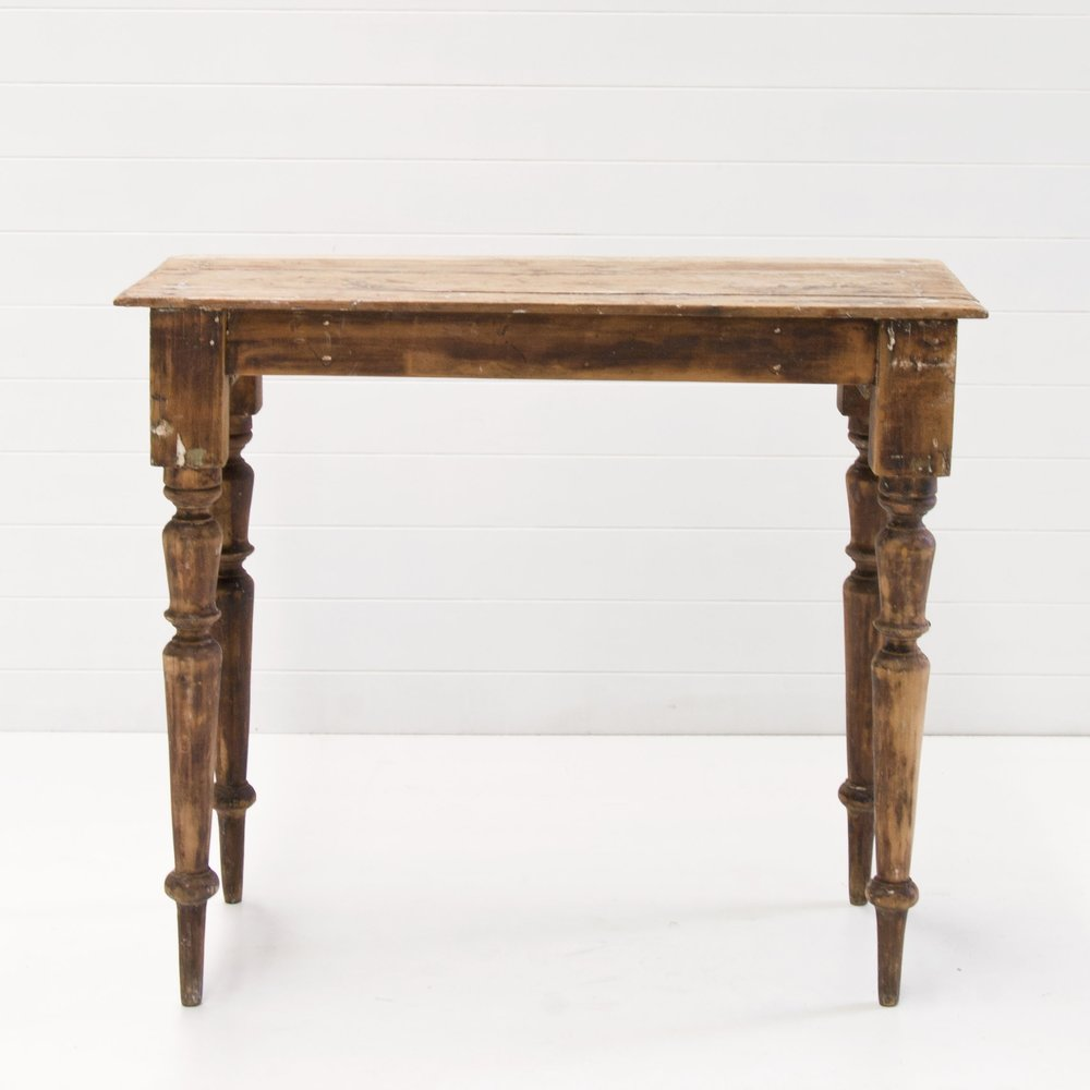 MABEL WOODEN VINTAGE TABLE