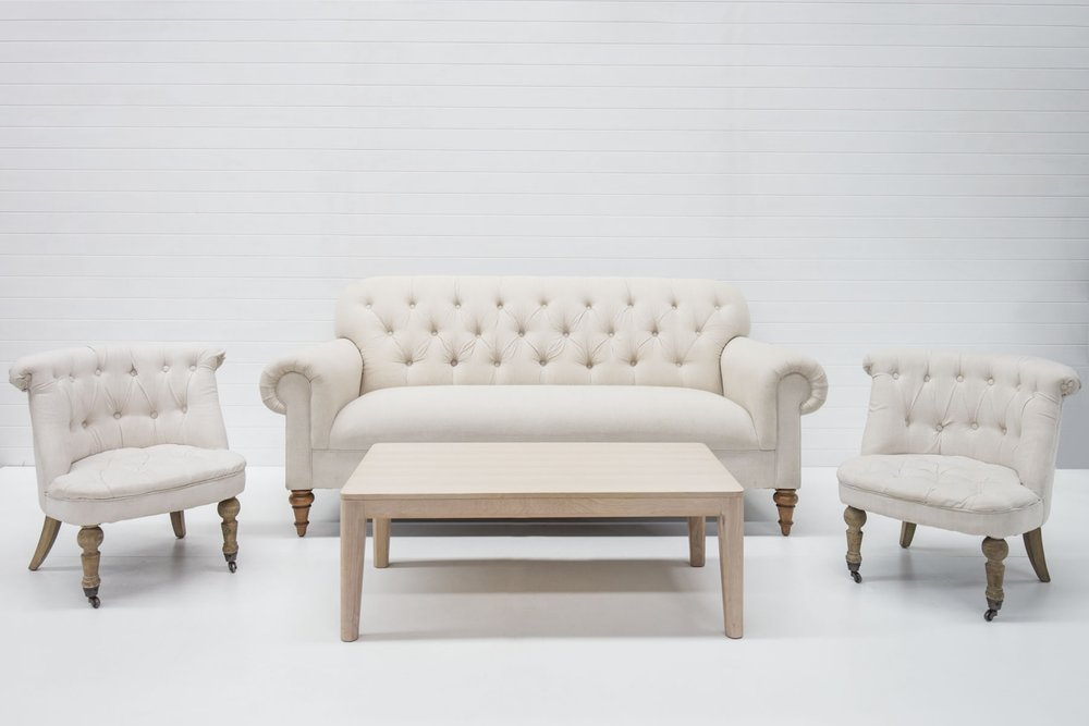 FRENCH LINEN SOFA PACKAGE QTY: 1