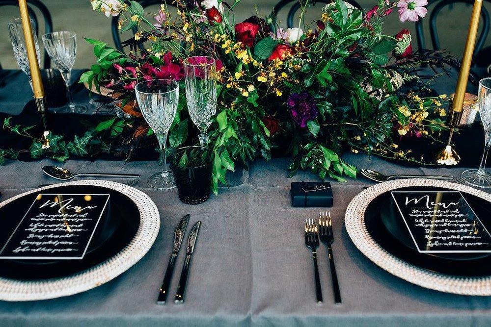 Black dinner plate hire Hampton event hire1.jpeg