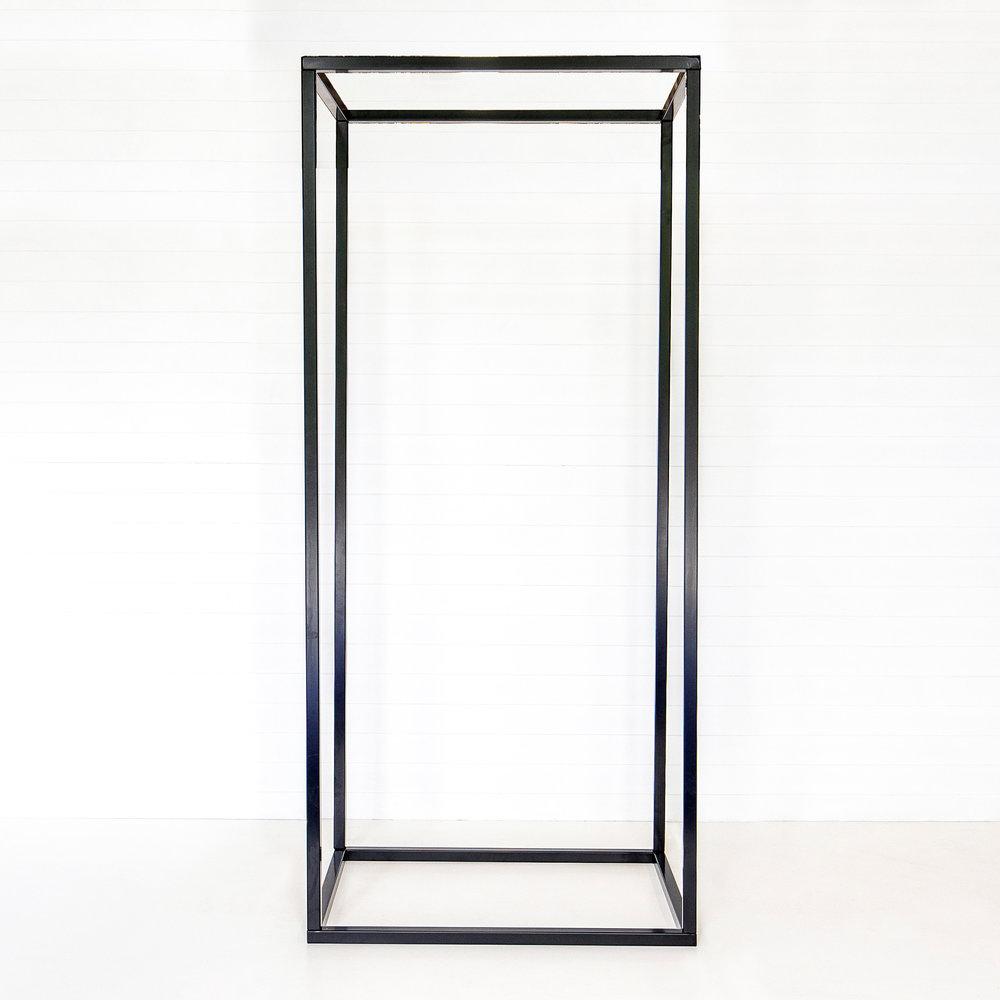 Black Universal Frame Structure