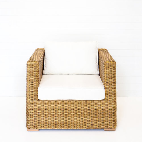 DUNE SINGLE SEAT ARMCHAIR WITH WHITE CUSHIONS