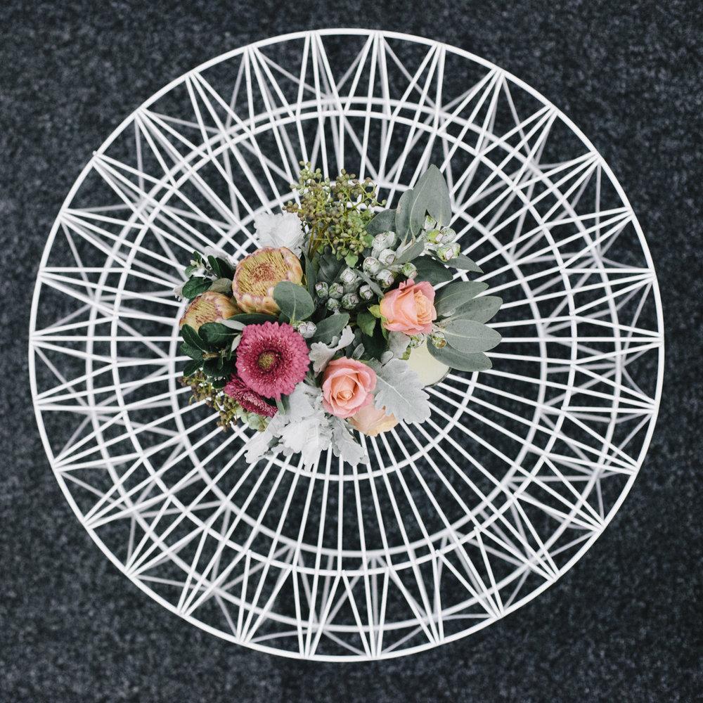 White wire soho coffee table 08.jpg