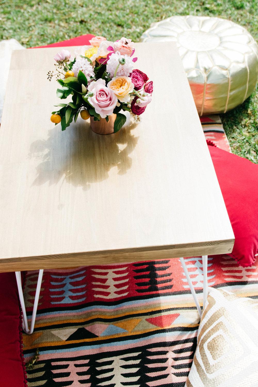 White hairpin coffee table 06.jpg