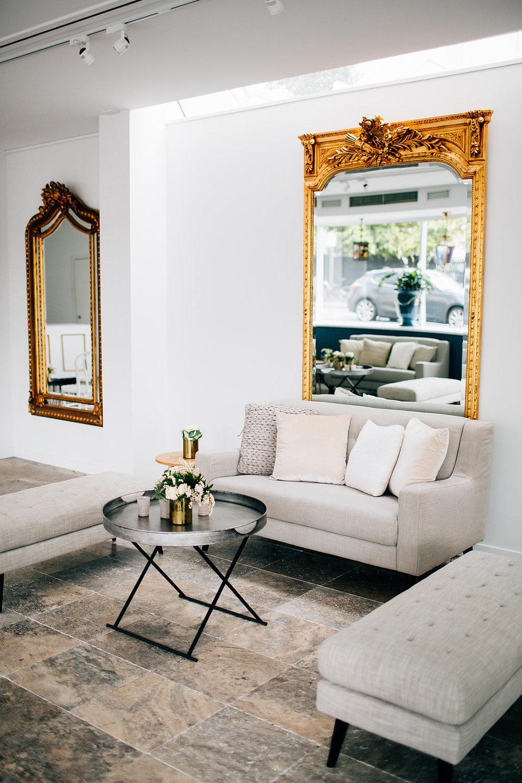 Parisian sofa 04.JPG