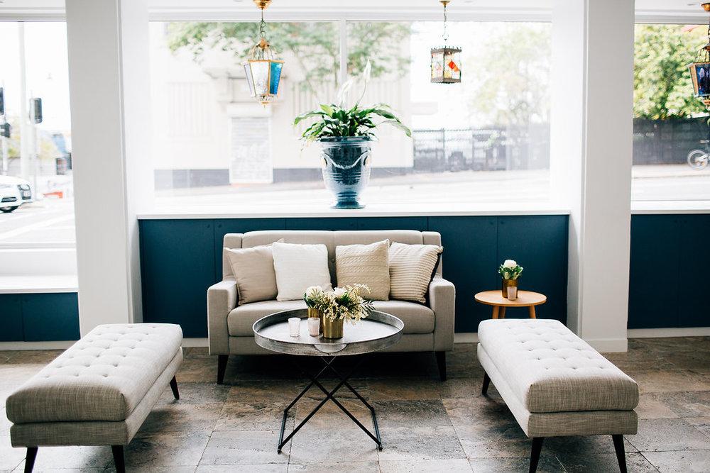 Parisian sofa 05.jpg