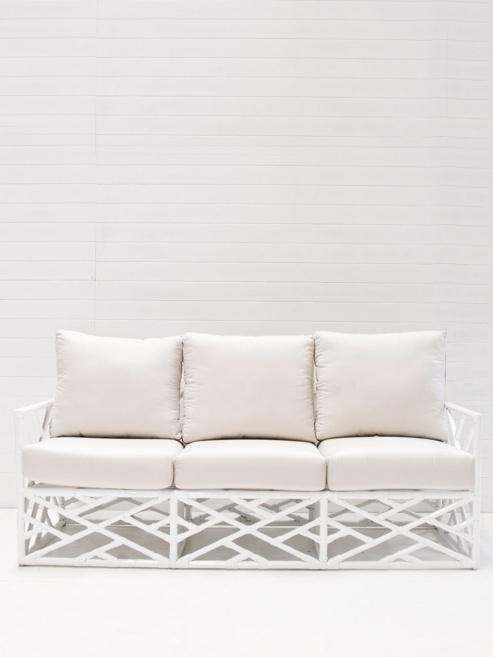 White 3 seater summer lounge