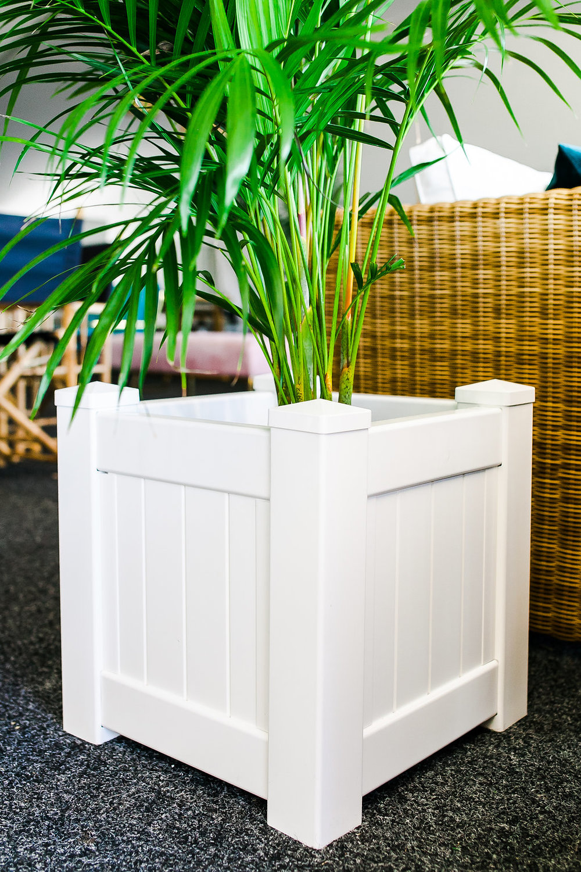 Hamptons planter box.jpg