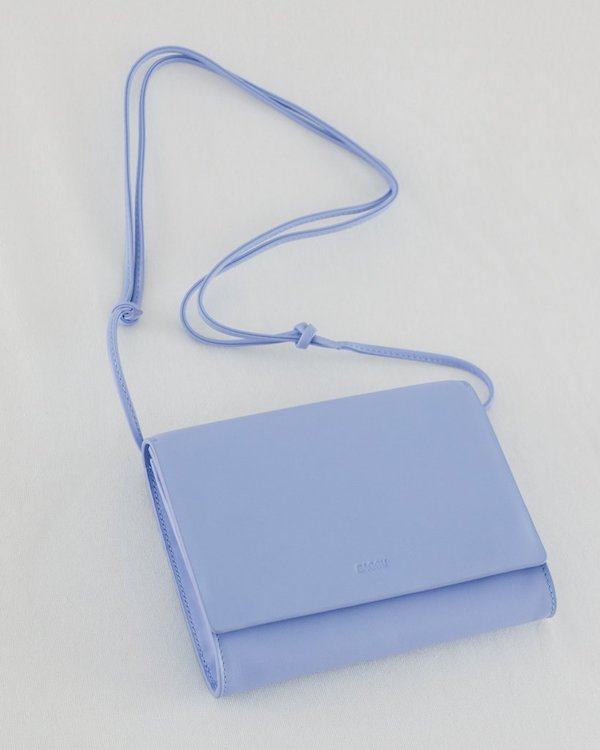 Compact_Purse_Leather_Cornflower_Blue-01_1024x1024.jpg